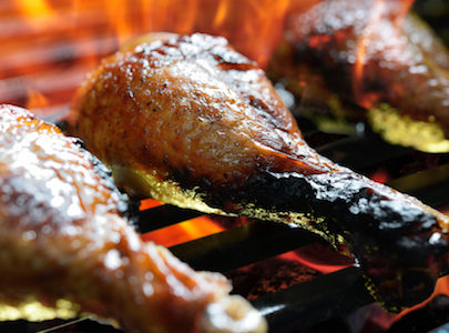 grilled chicken leg P7HRCPM 405x300 - Pilon de poulet mariné