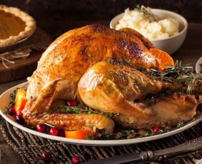 homemade roasted thanksgiving day turkey PHF8T3N 405x330 - Dinde (+-3Kg)
