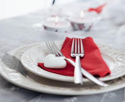 valentines setting WQCH4G3 web 405x330 - Menu St-Valentin Tournedos
