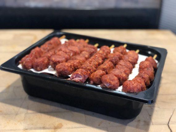 IMG 5875 copie 570x428 - Brochette de boulettes ketchup