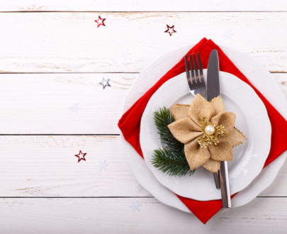 christmas table setting PBP9QXL 405x330 - Menu mer et terre Fêtes